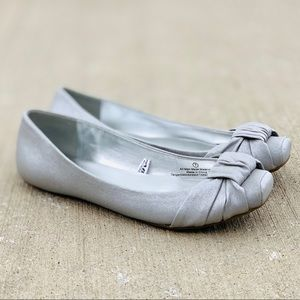 Silver Mossimo Supply Co Silver Flats Size 7